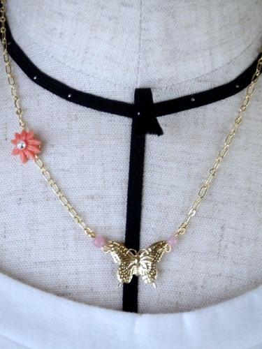 蝶とお花のネックレス